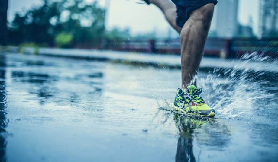 бег в дождь